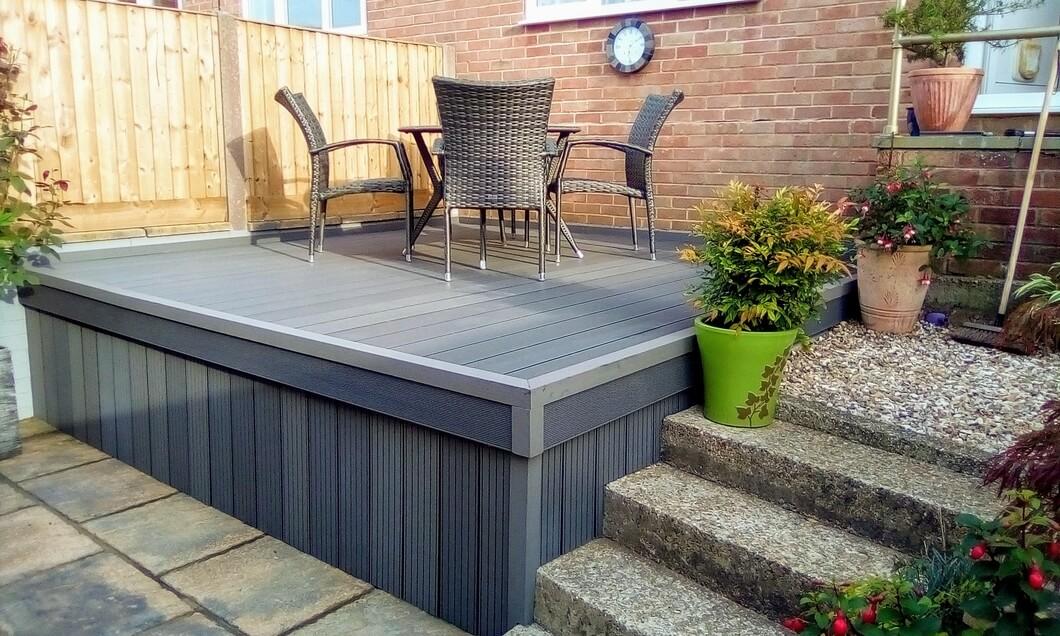 Elevated garden deck