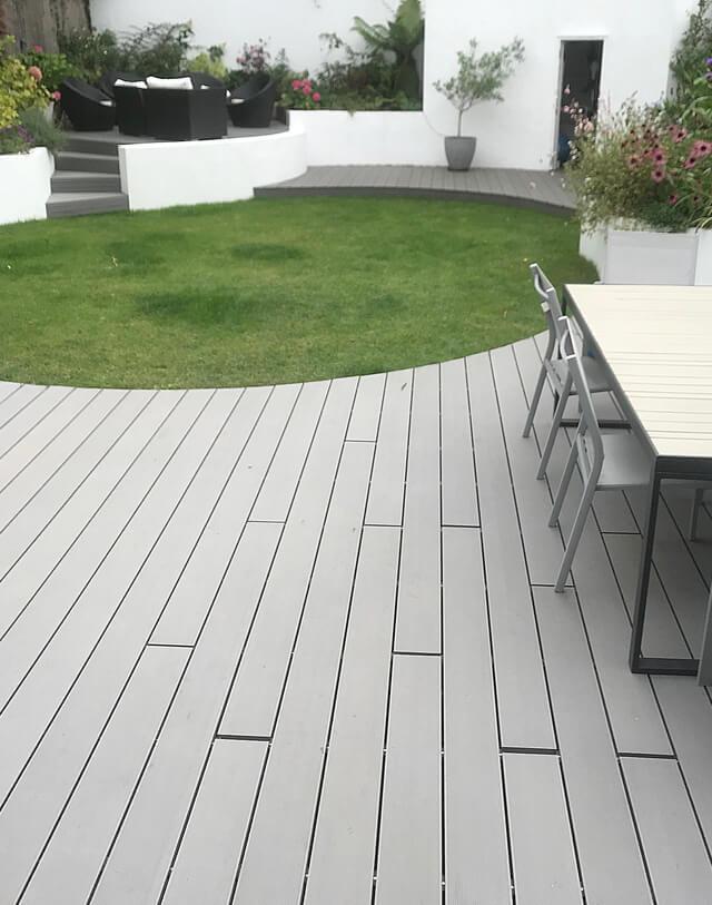 Garden with raised deck