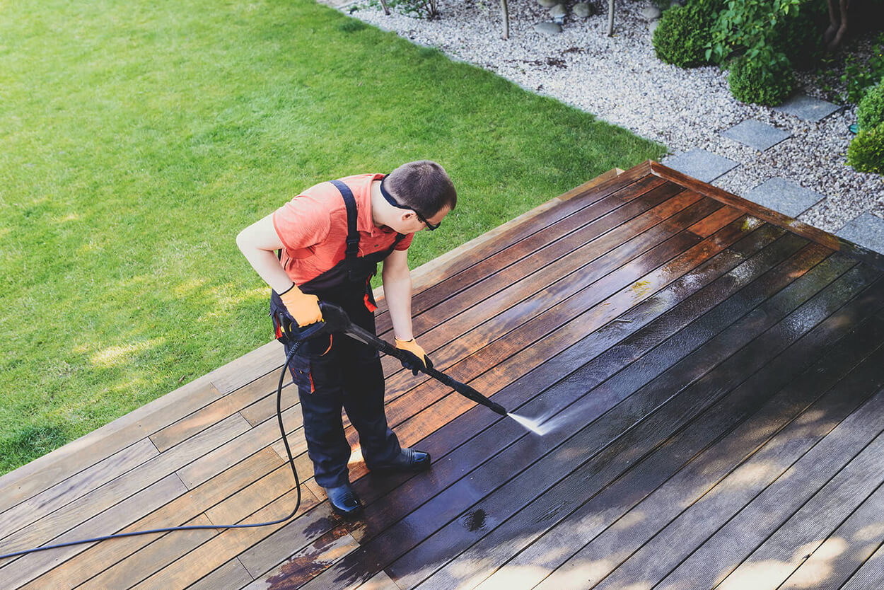 How to Pressure Wash Wood Decking (Step-By-Step)
