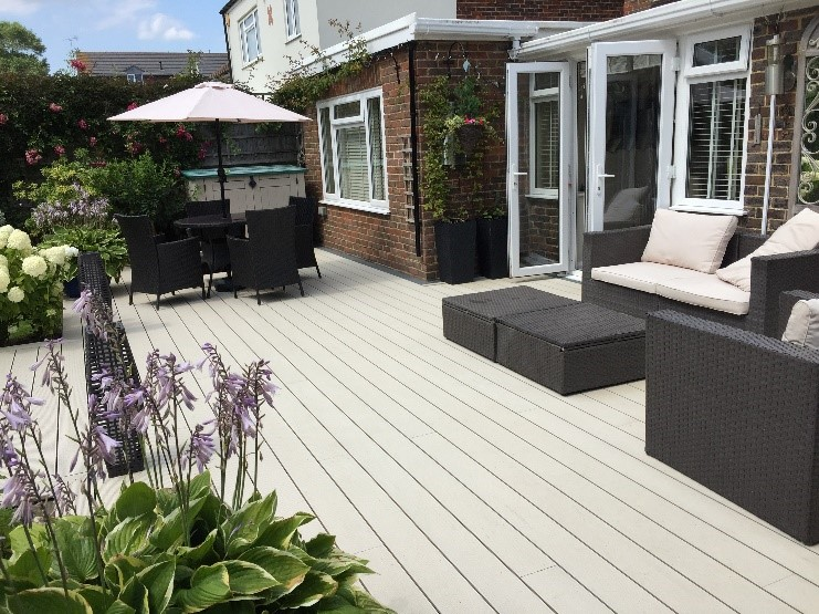 Cladco Composite Five-Hole Decking – Five Reasons to buy